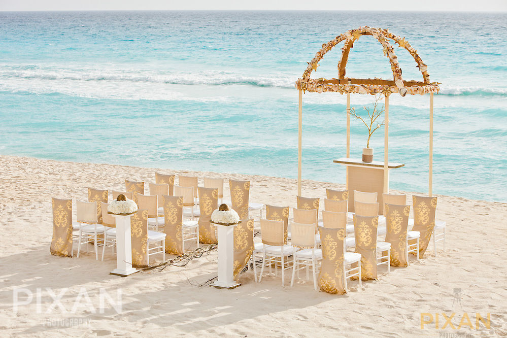 Hard Rock Hotel And Palace Resorts Wedding Collections By
