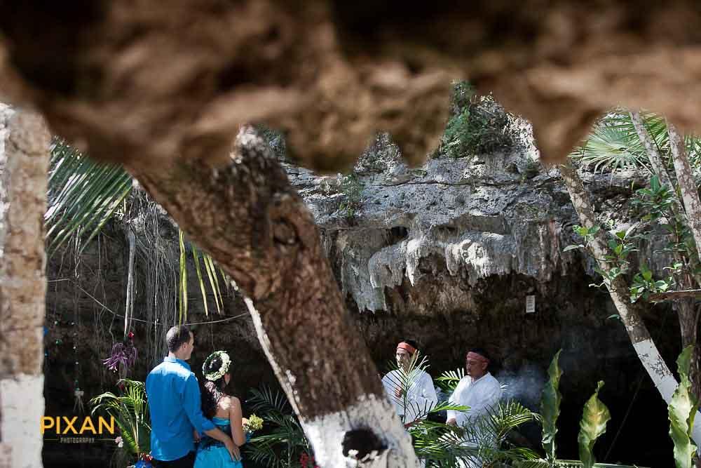 009cenote-trash-the-dress-riviera-maya