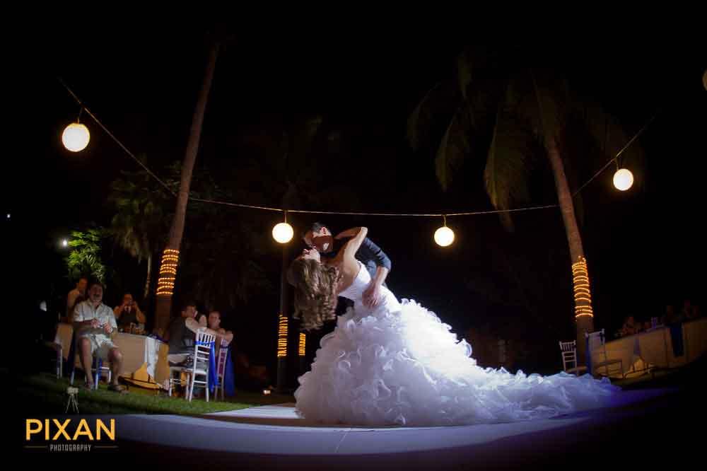 135Mexico-Wedding-Photographer-Pixan