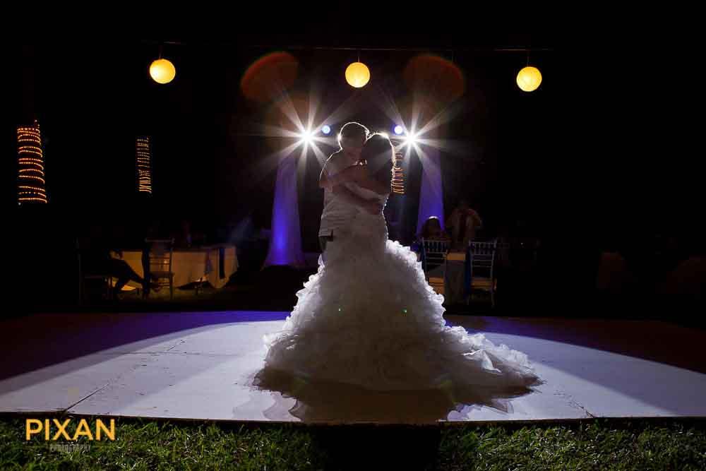 136Mexico-Wedding-Photographer-Pixan
