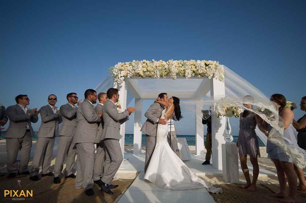 817grand-velas-riviera-maya-wedding