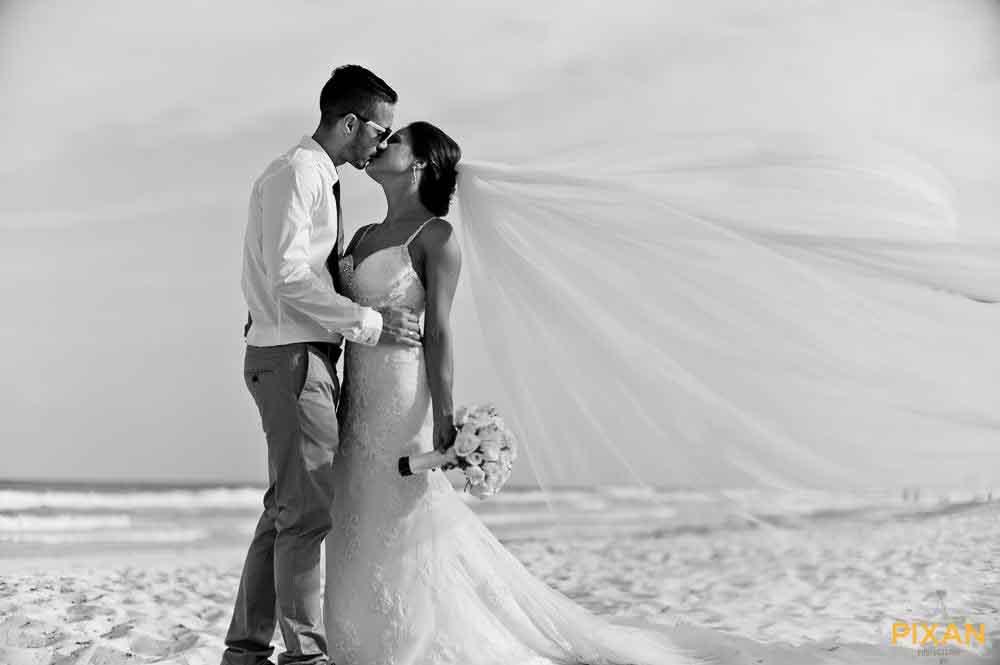 live-aqua-wedding-11