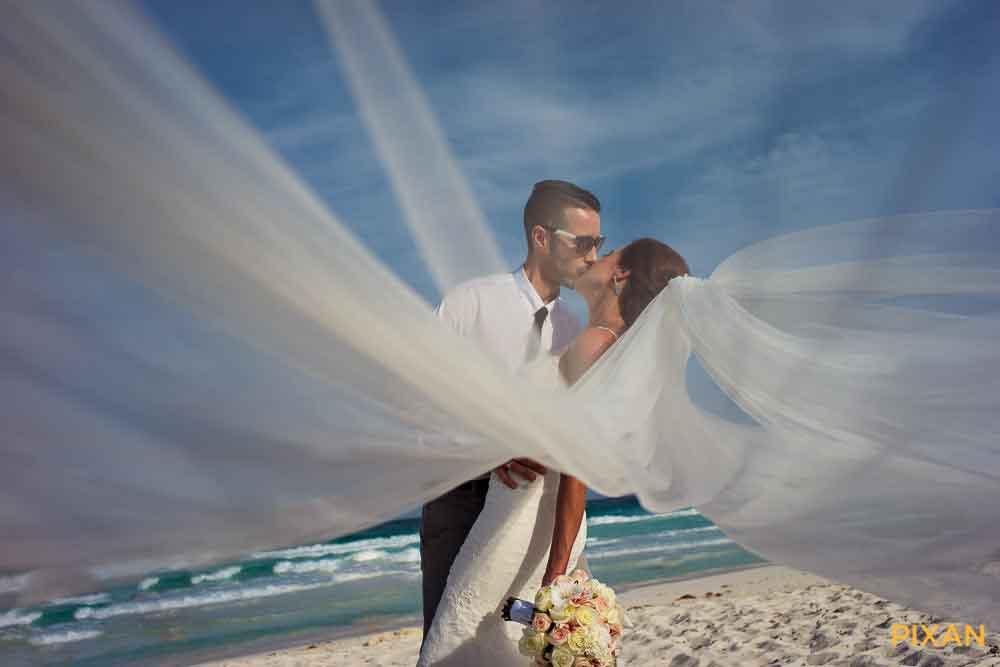 live-aqua-wedding-12
