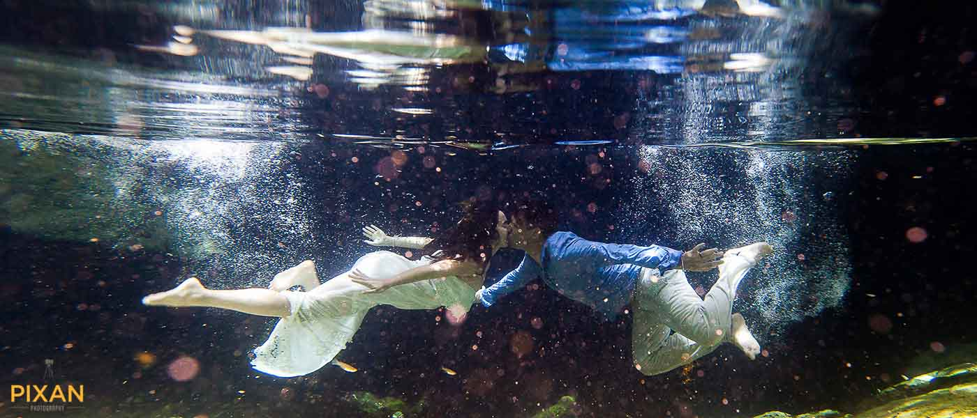 underwater-kiss-trash-the-dress