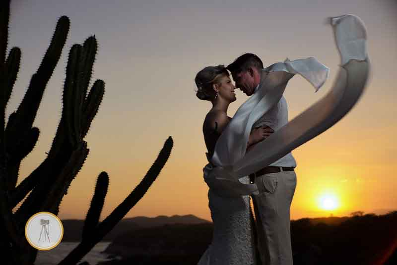 Sunset wedding photos Mexico