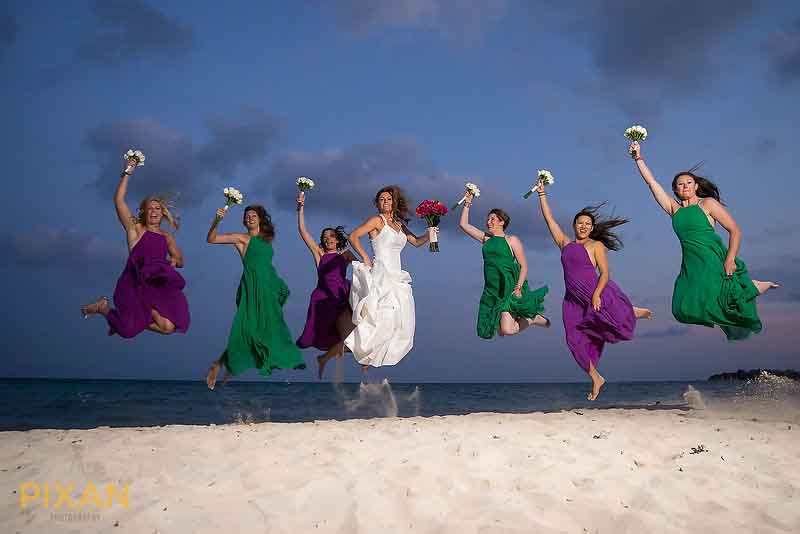 Mixing colors in bridesmaid dresses