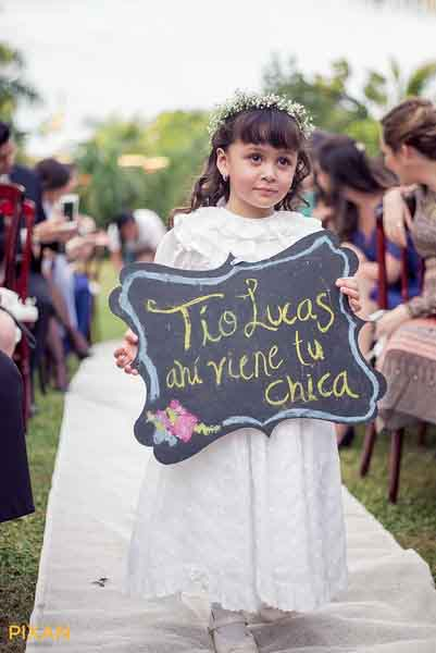 Funny ceremony signs for outdoor wedding