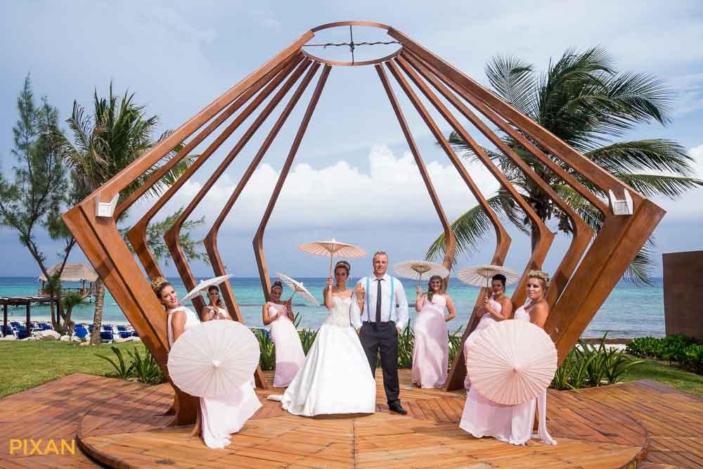 Parasols for outdoor summer wedding