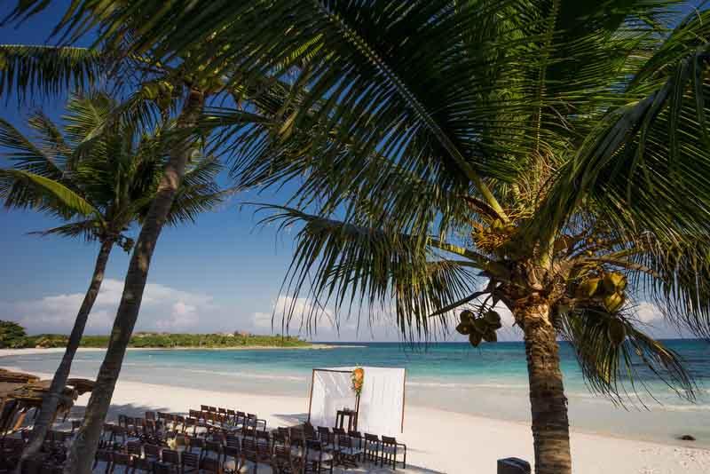 minimal destination wedding ceremony decoration, stunning beach