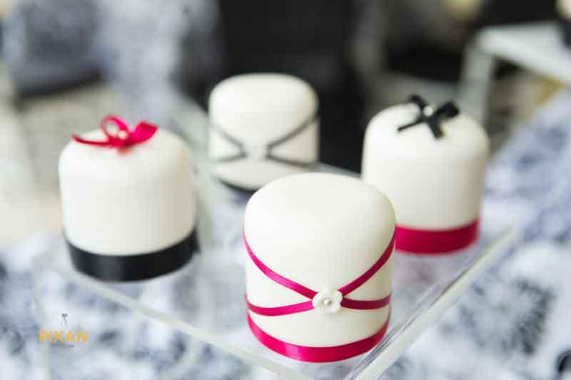 little bit sized wedding cakes