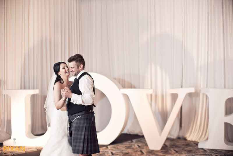 love bride and groom