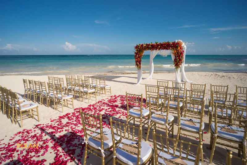 beautiful flower decoration for this caribbean beach wedding