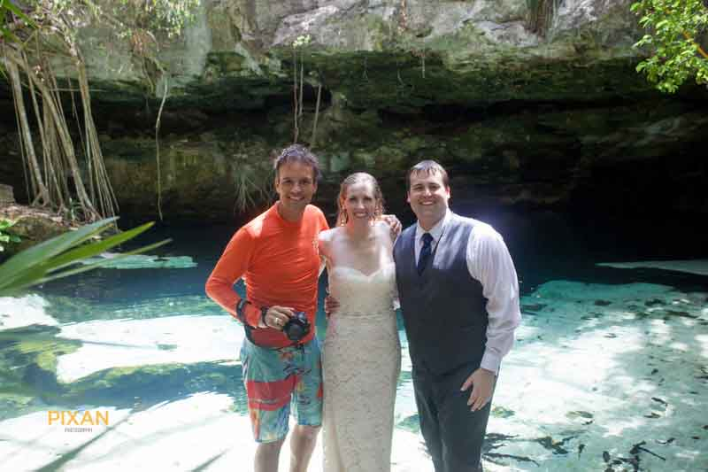 photographer Vincent van den Berg with bride and groom after cenote trash the dress shoot