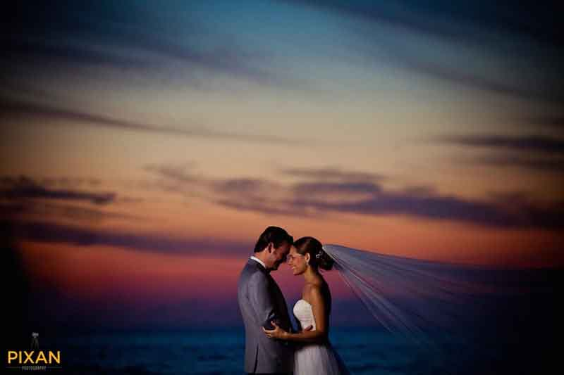 bride and groom at sunset in Puerto Vallarta