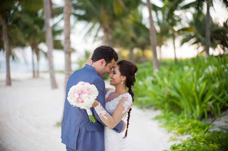feeling the love moments after marrying in Riviera Maya