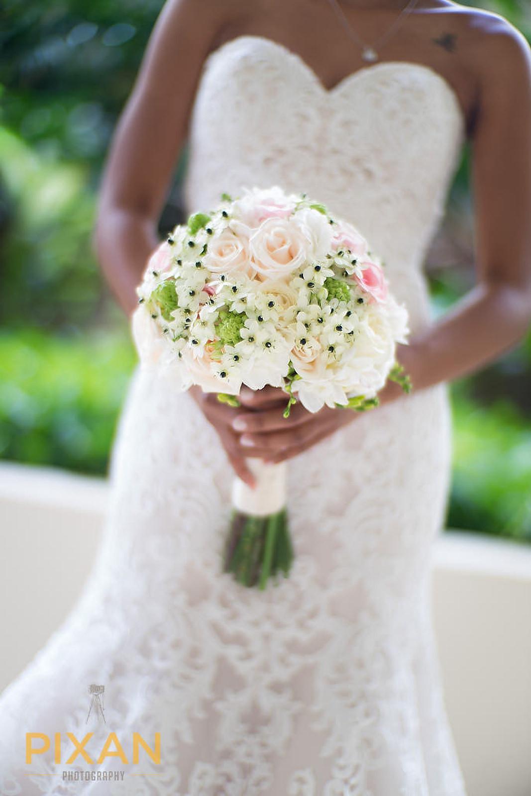 Hyatt Ziva Cancun brides bouque