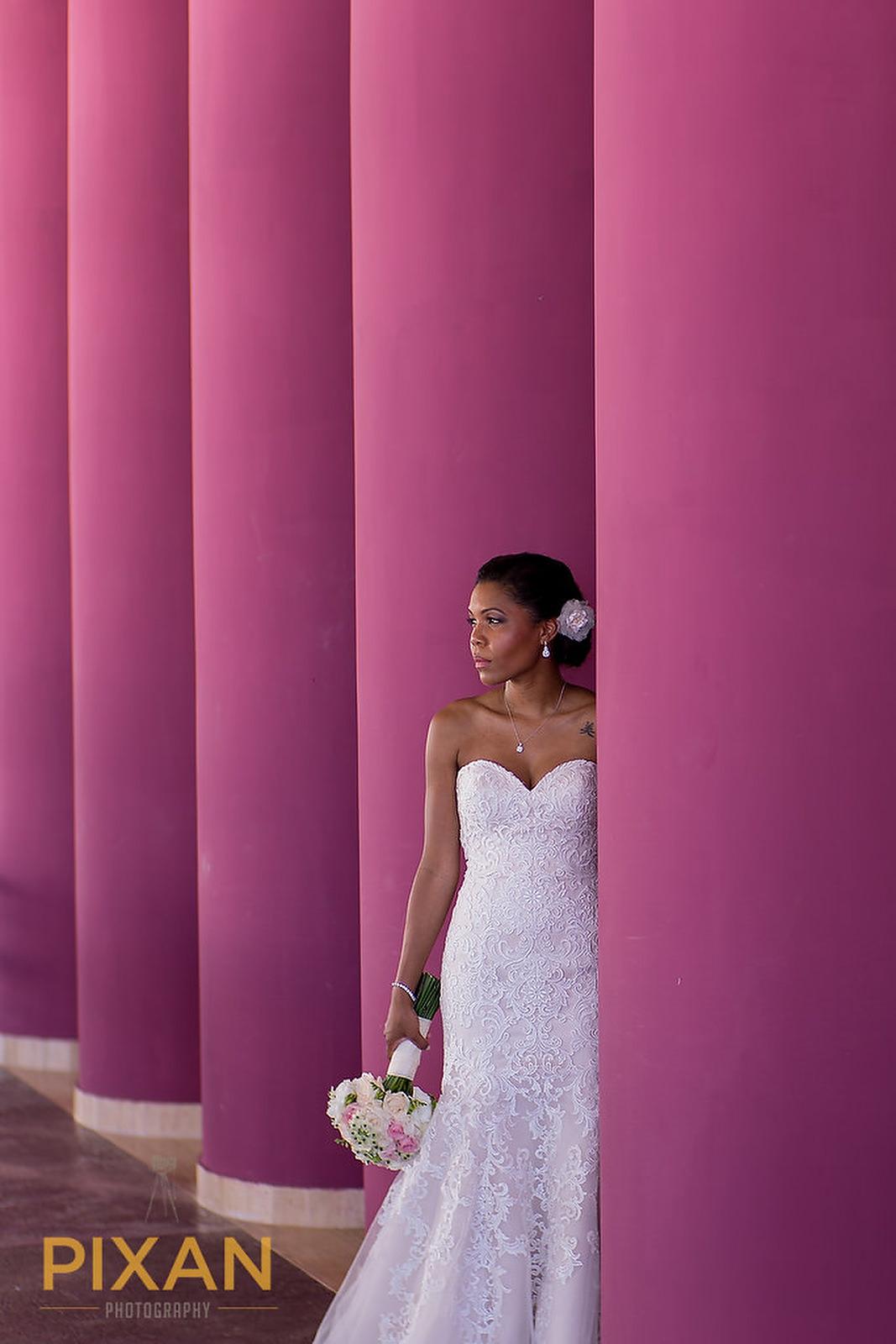 Hyatt Ziva Cancun pink bride