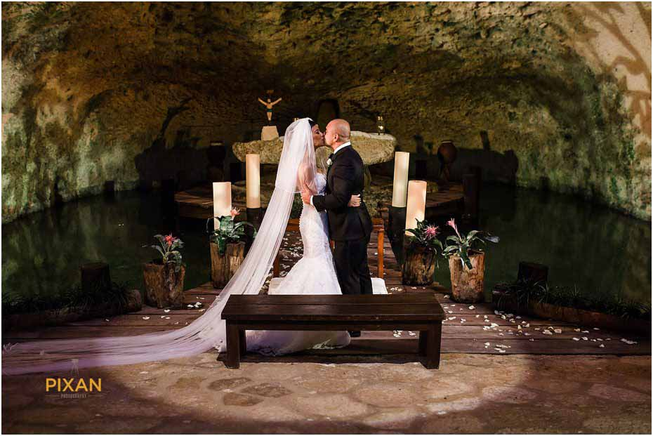 wedding ceremony chapel of guadalupe xcaret