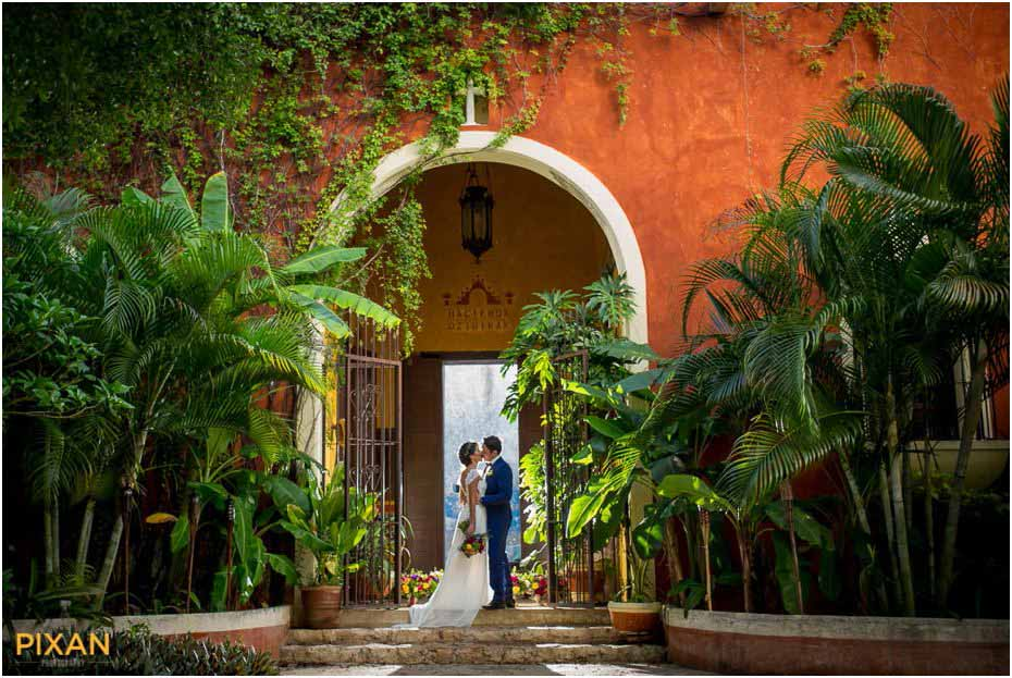 Hacienda Dzibikak Garden Wedding Pixan Photography 0010 Pixan