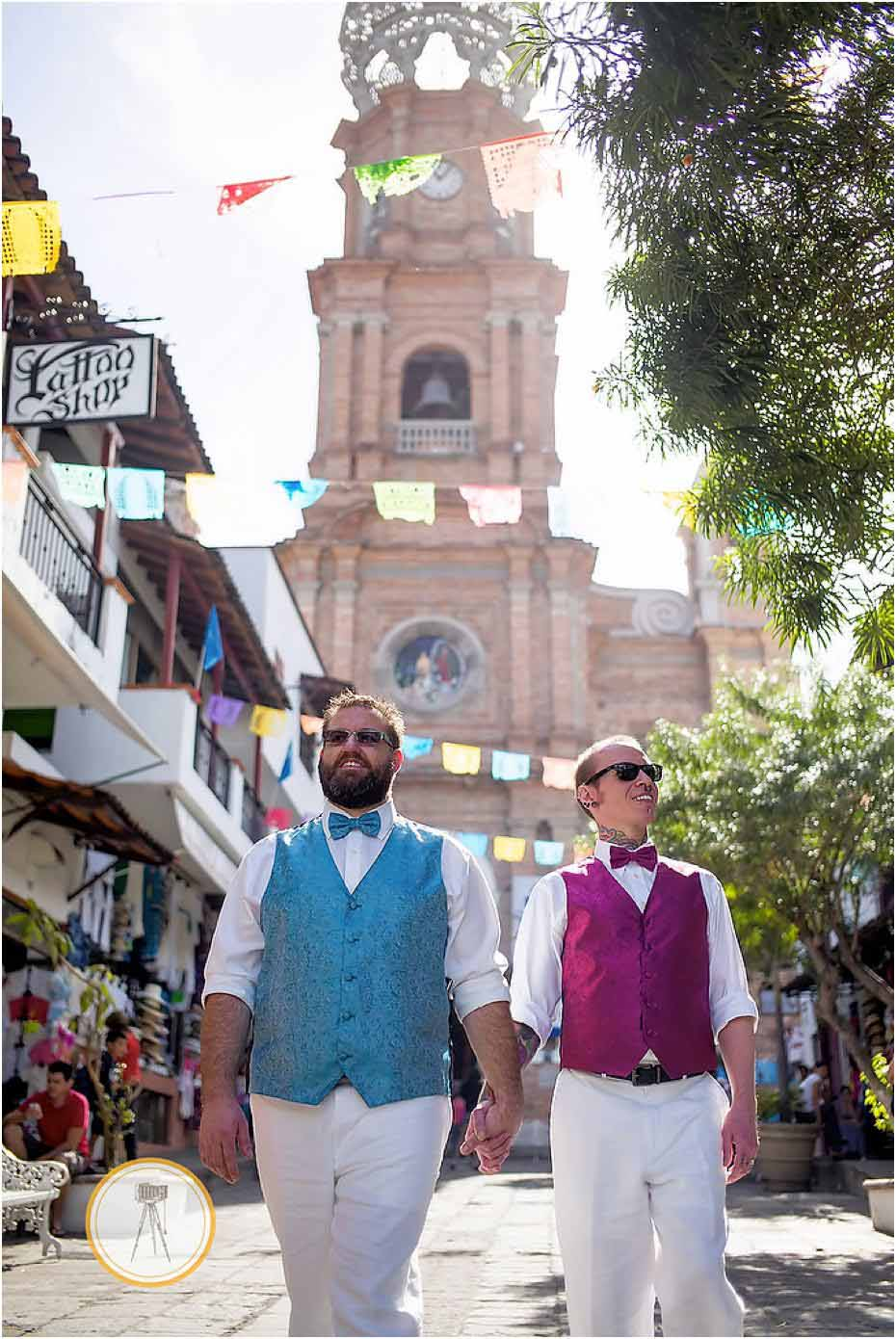 grooms getting married in puerto vallarta mexico
