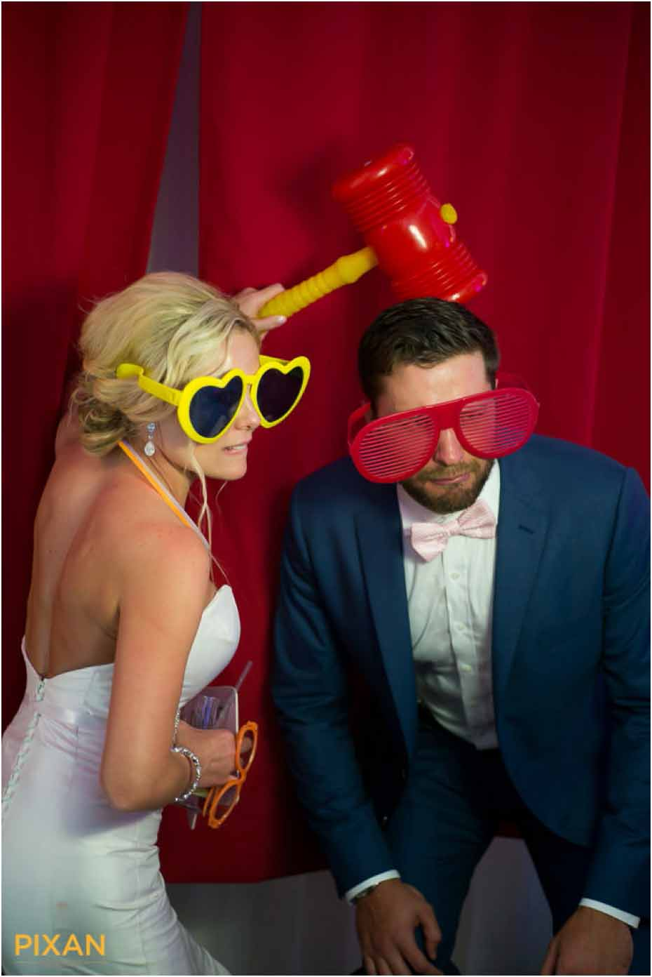 le blanc wedding reception photo booth