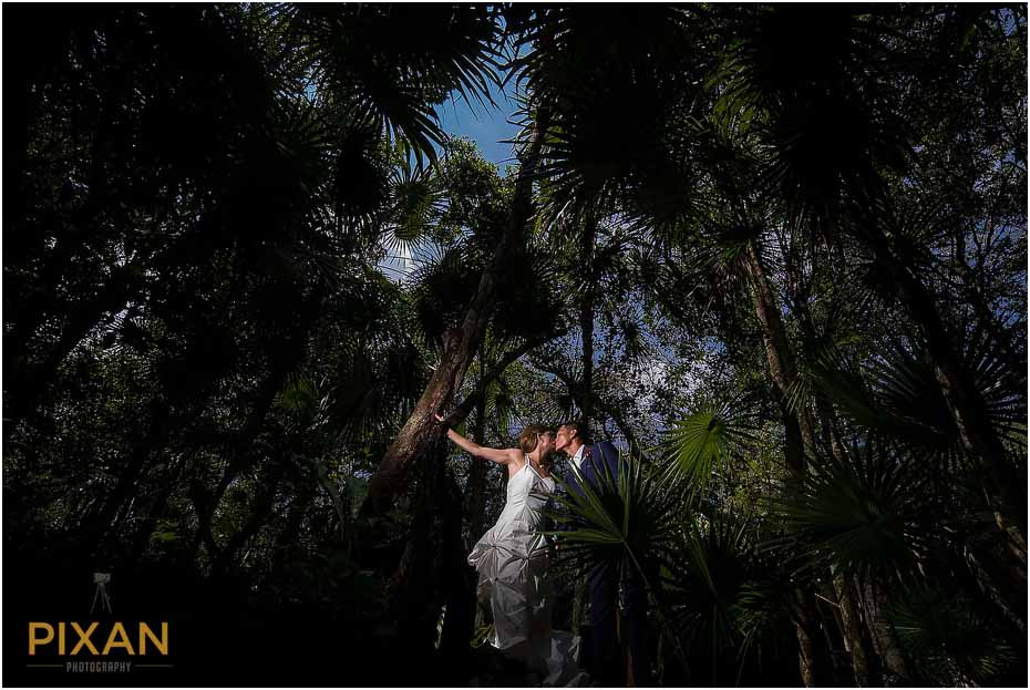 Cenote wedding photos Playa del Carmen