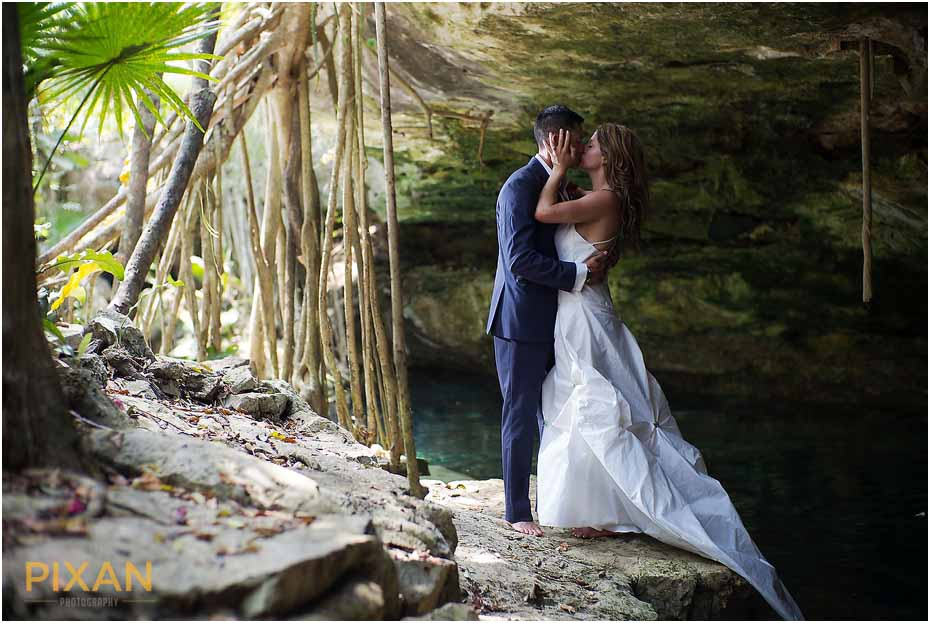 Cenote wedding photography Playa del Carmen Mexico