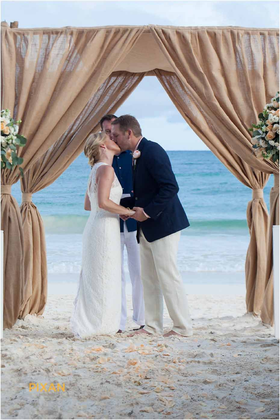 wedding ceremony in mayahana beach homes