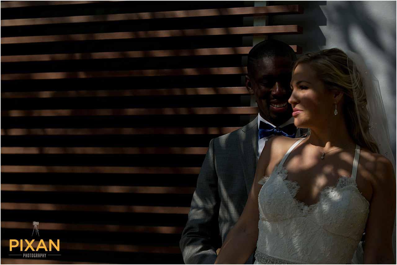 Couple photos Azul Fives wedding