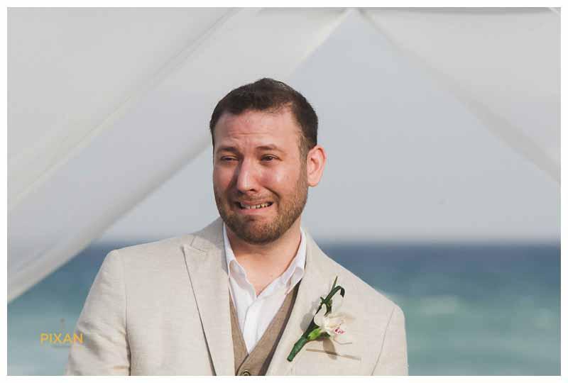 azul fives wedding first look