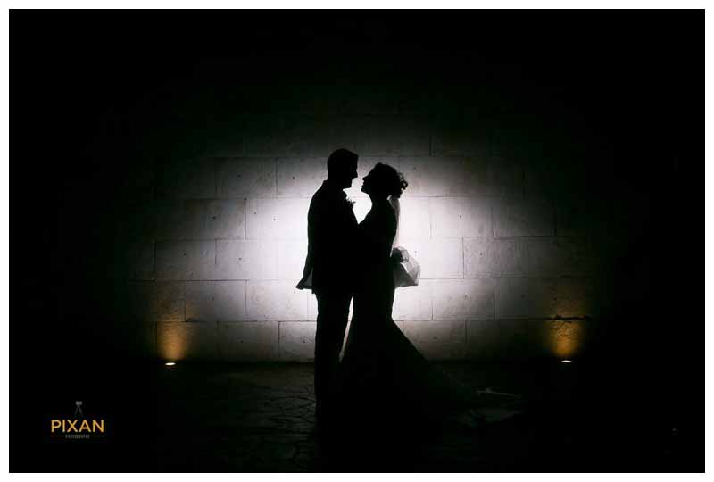azul fives bride and groom silhouette photo