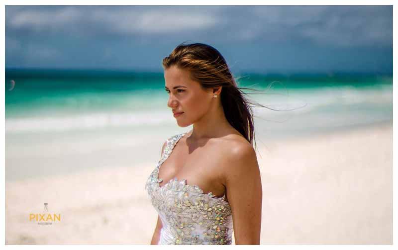 Hyatt Zilara beach wedding photos in Cancun, Mexico