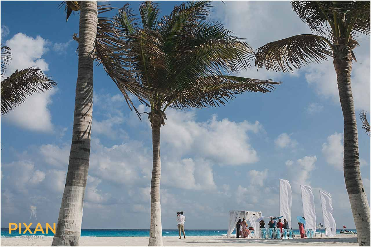 Hyatt Zilara Cancun wedding ceremony on the beach