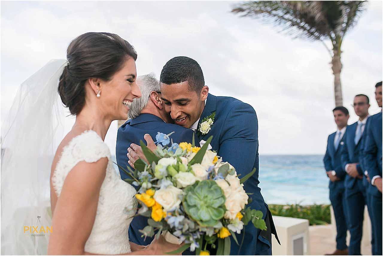 hyatt ziva cancun beach ceremony