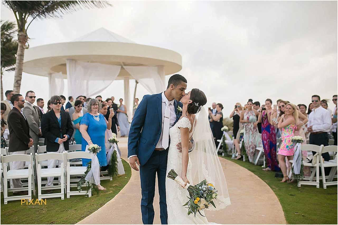 hyatt ziva cancun wedding