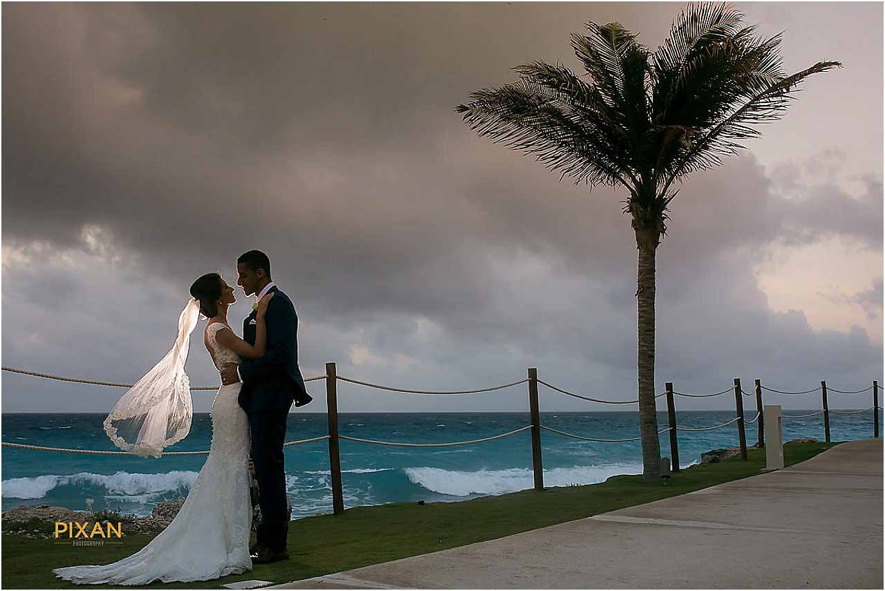 wedding at hyatt ziva cancun mexico