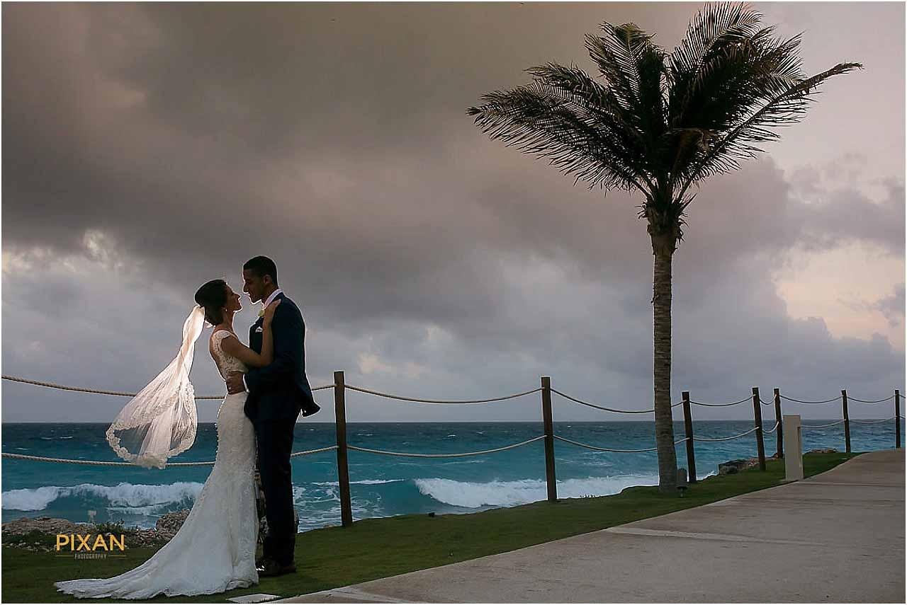 wedding at hyatt ziva cancun mexico