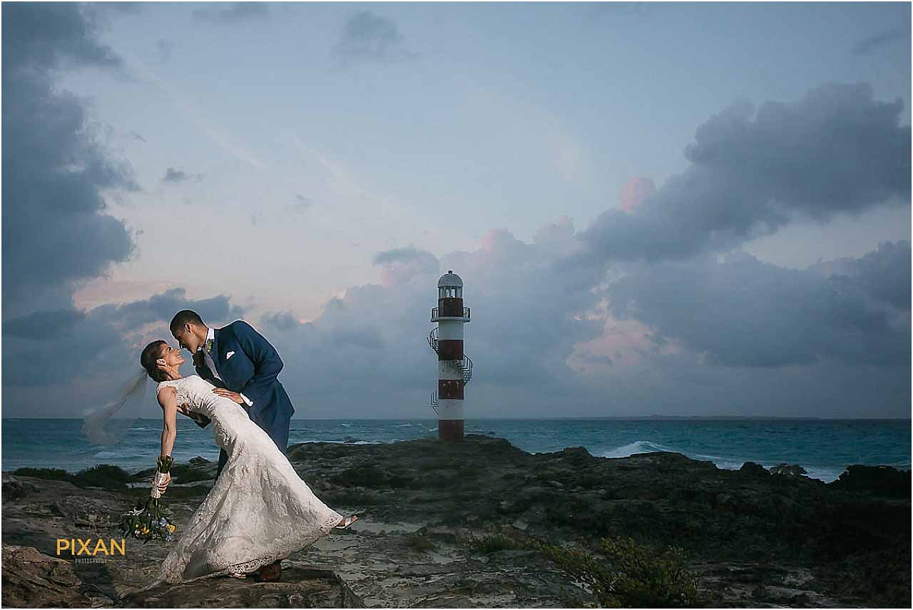 hyatt ziva cancun wedding photos lighthouse