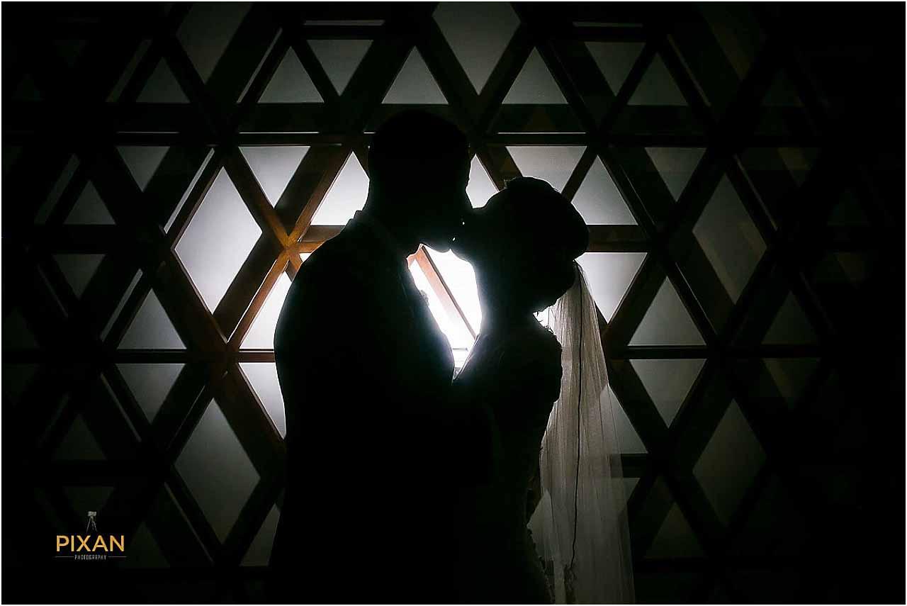 hyatt ziva cancun wedding silhouette photo