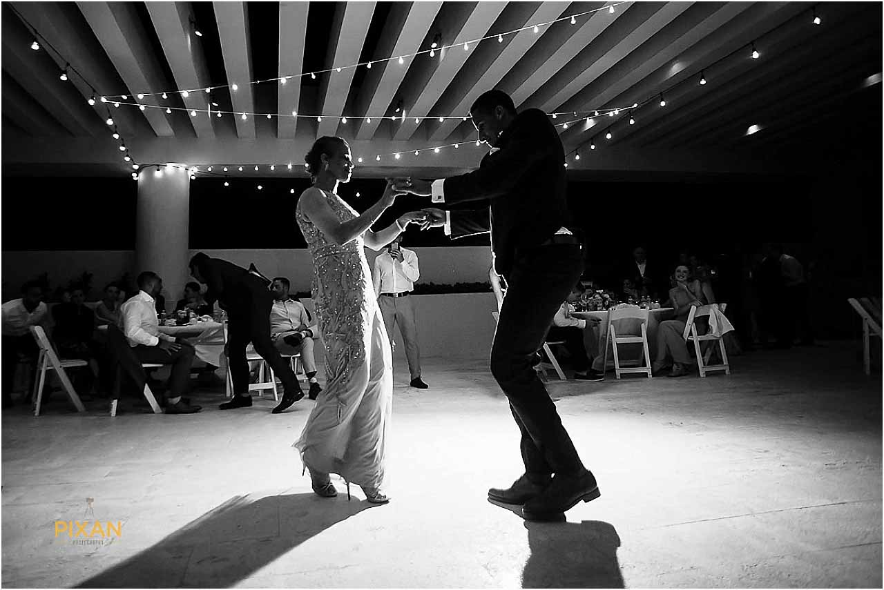 hyatt ziva cancun wedding reception dancing