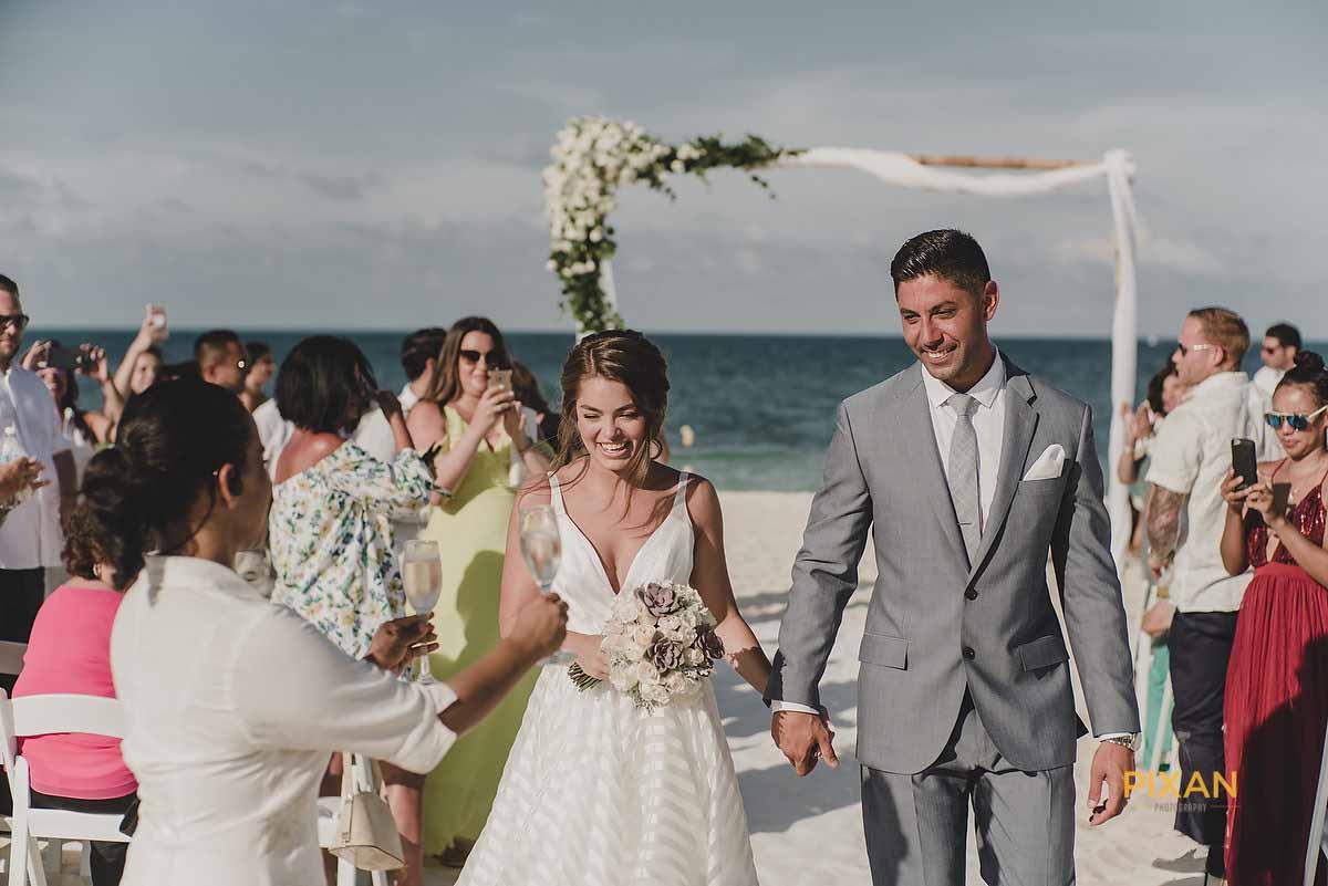 dreams playa mujeres wedding 1st Champagne greeting