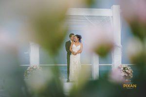 azul-fives-rainy-wedding