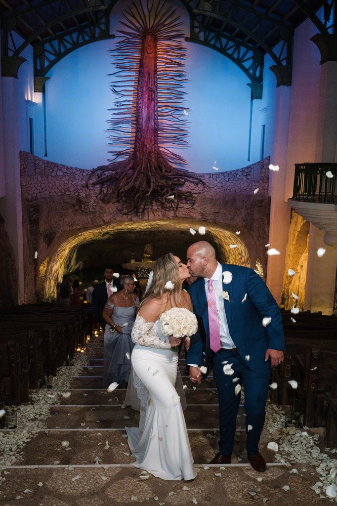 chapel Guadalupe Xcaret couple kiss
