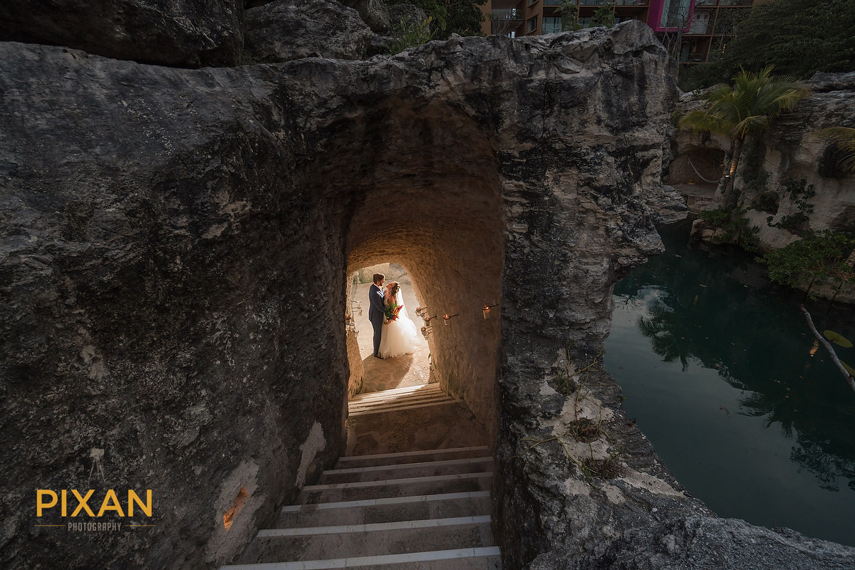 Hotel-Xcaret-Mexico-Wedding-cave-kiss