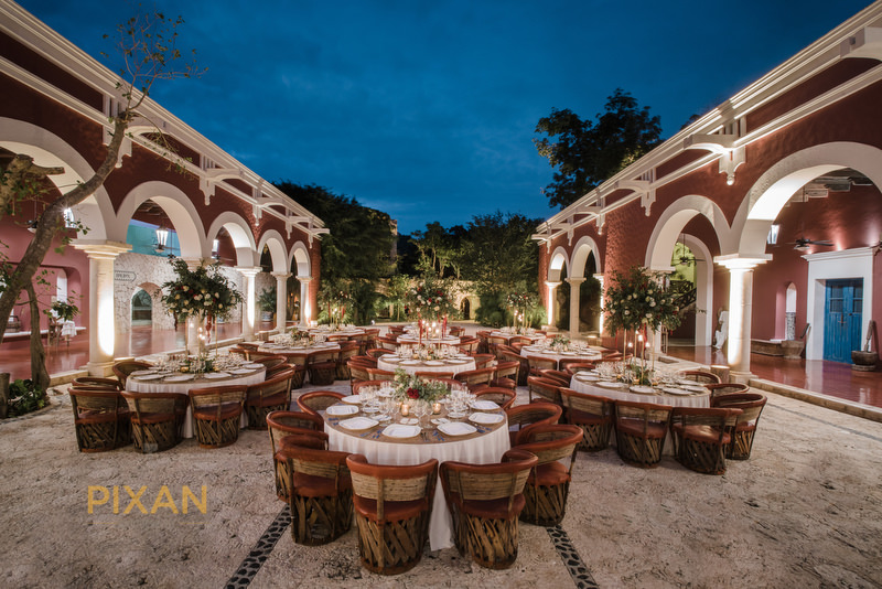 Hacienda-Henequenera-patio-Xcaret-Park-roof-open