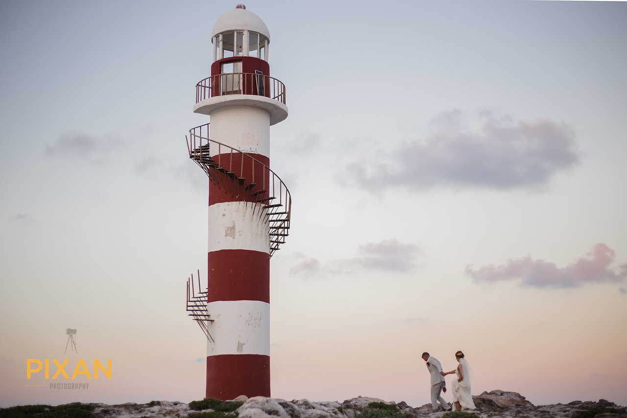 Hyatt Ziva Cancun lighthouse bridal