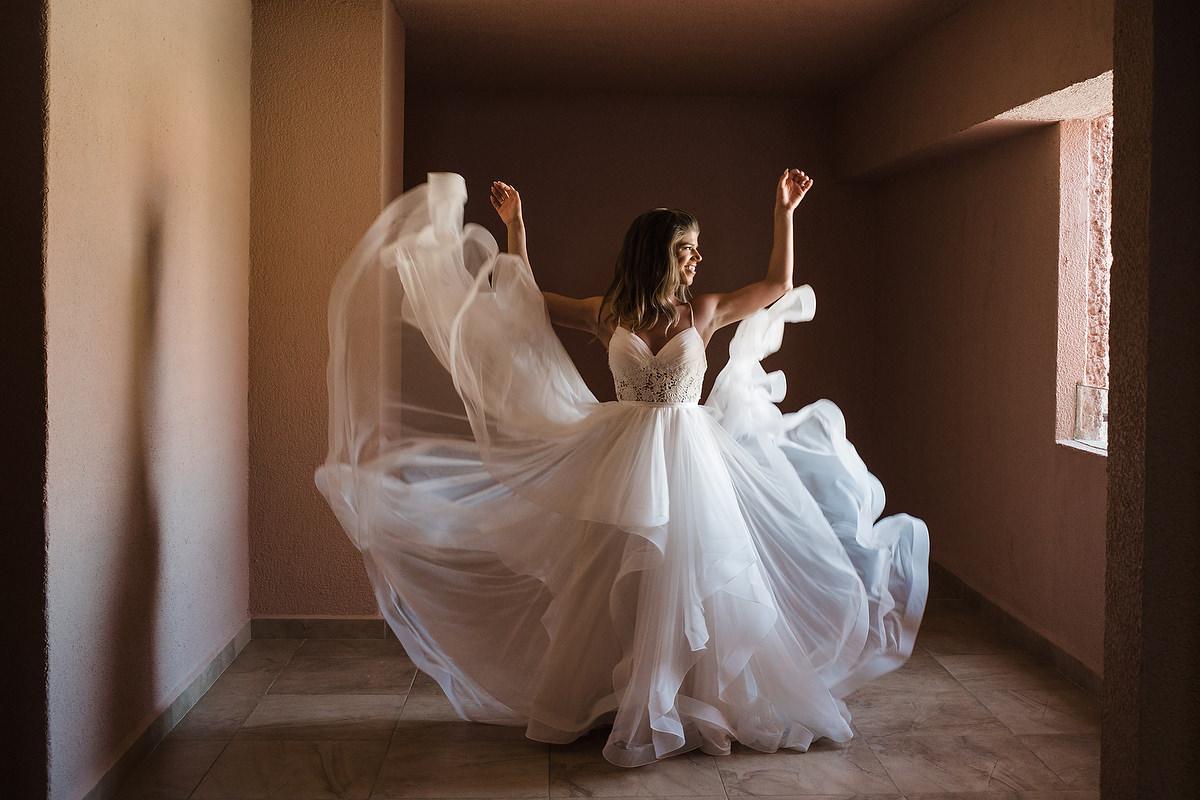 bride lights fun wow dress