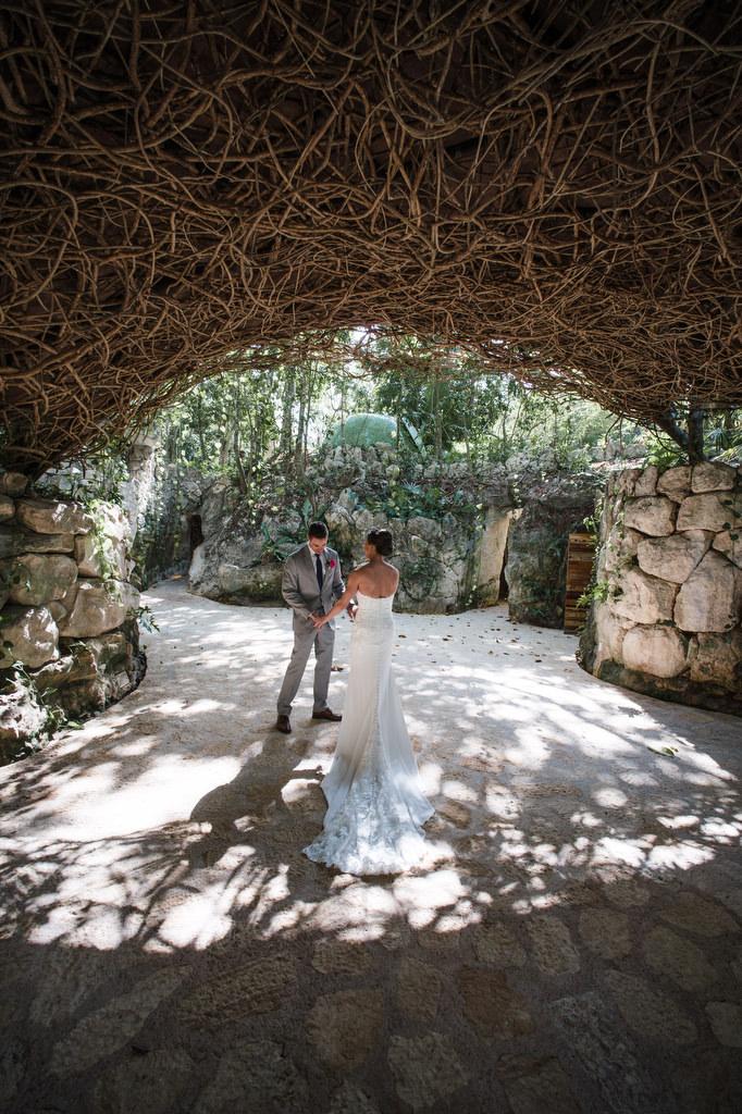 wedding 1st look